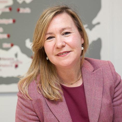 elena-baillo-ponente-mujeres-que-marcan